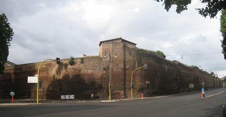 Opiniones de castro pretorio for Affitto appartamento castro pretorio roma