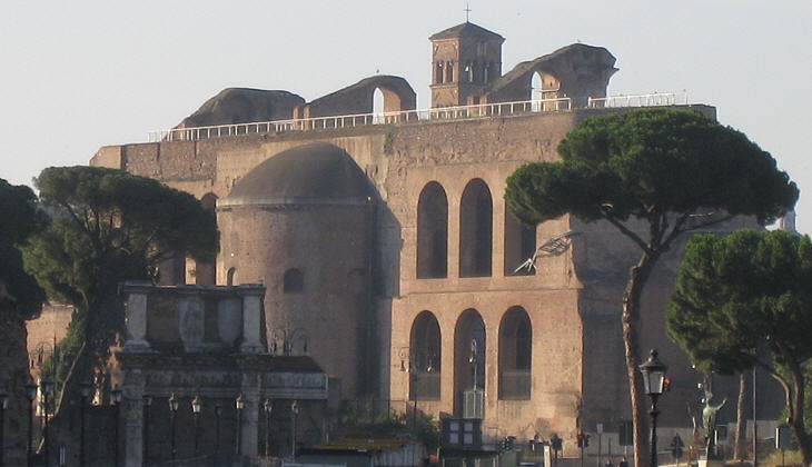 Rear view of Basilica di Massenzio